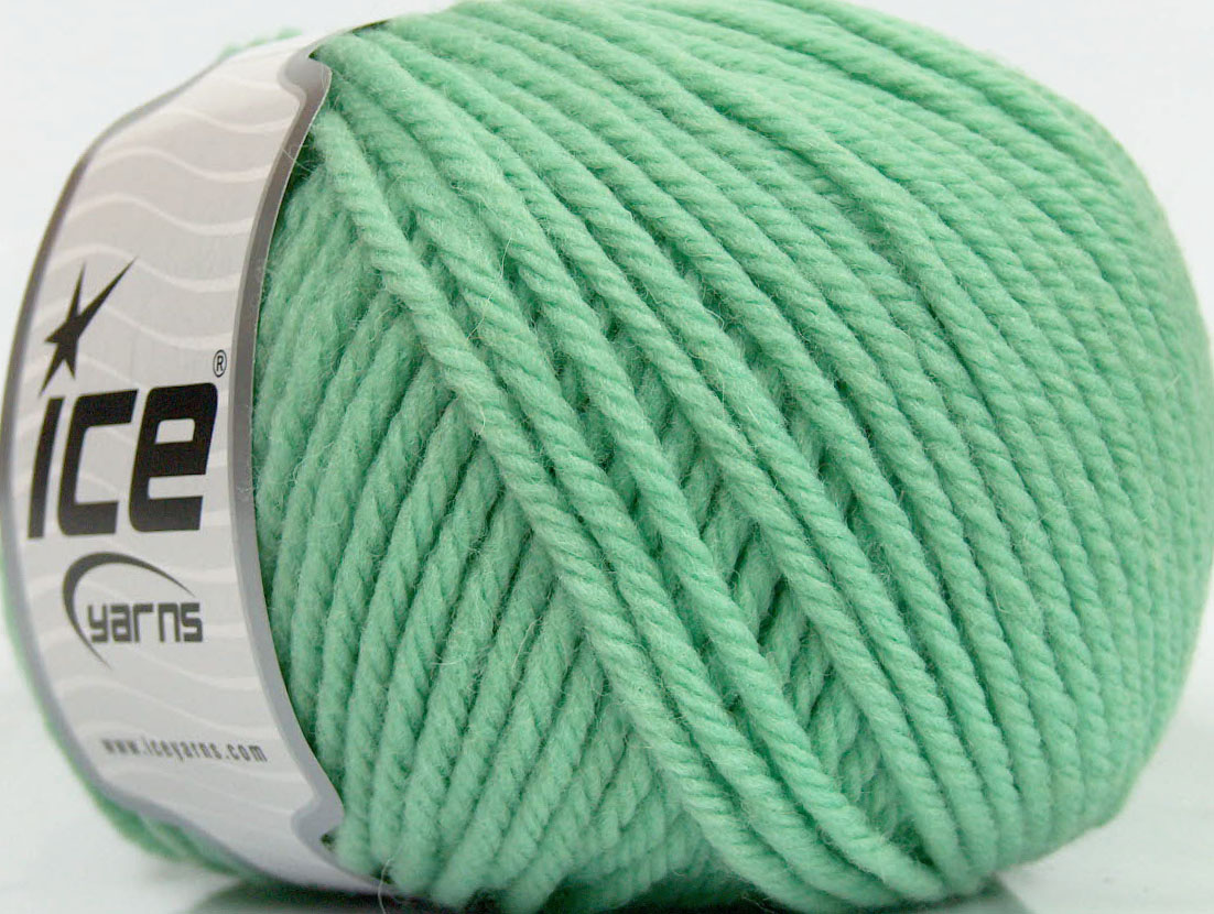 Bulky Yarn : Superwash Wool Bulky Mint Green at Yarn Paradise
